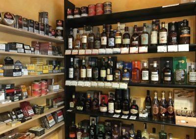Verköstigen Sie ausgewählte Whisky in unserer Genusslounge in Mosbach